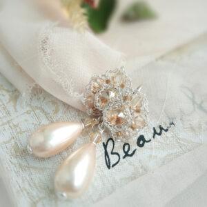 Perłowe kolczyki ślubne